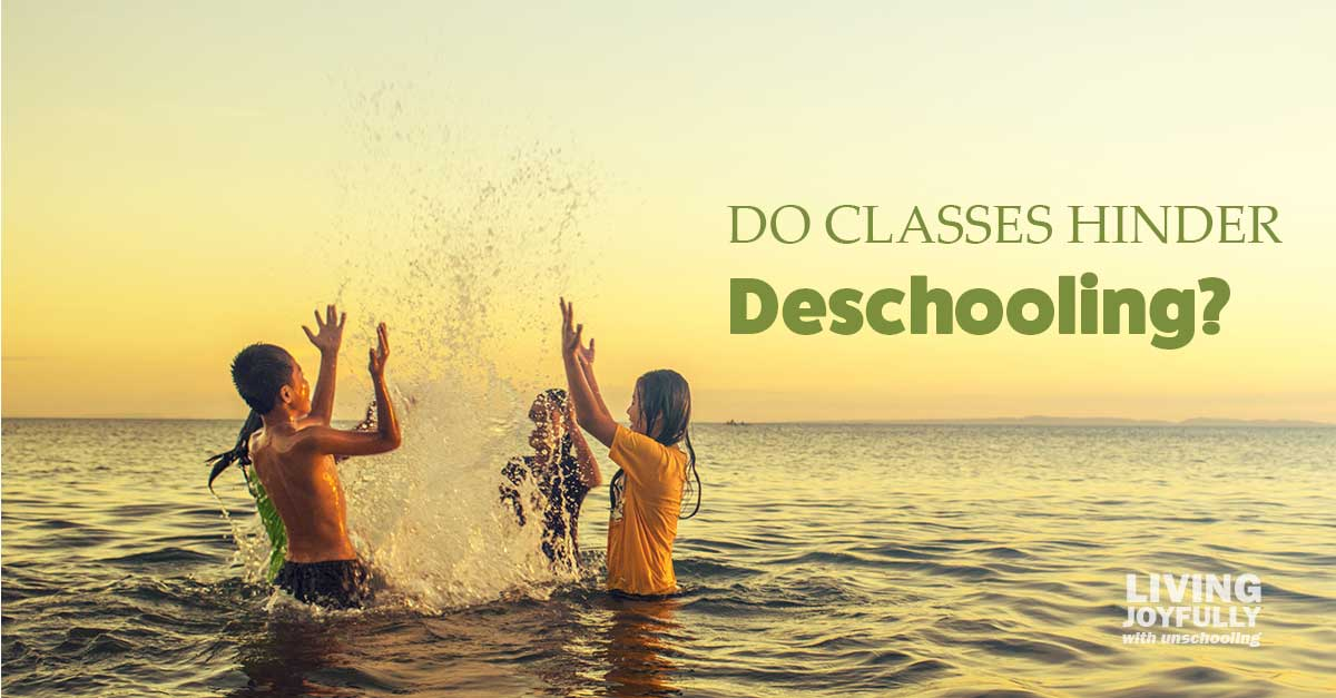 Do classes hinder deschooling?